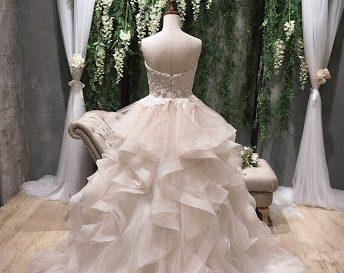 トレンド◎シャーベットカラーのドレス